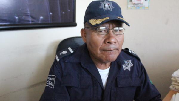 Asegura policía municipal supuesto vehículo utilizado en asalto al 12 de julio