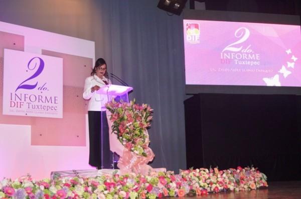 Rinde Presidenta del DIF segundo informe de actividades