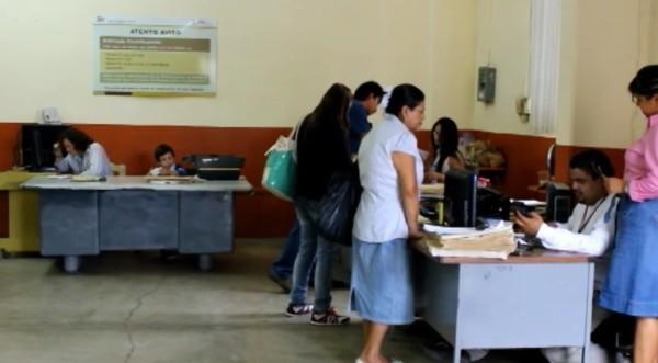Limitan servicios en oficialías del registro civil de Tuxtepec