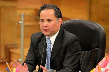 Desbloqueo de cuentas impulsado por Medina Mora descongeló 2 mil millones a la delincuencia