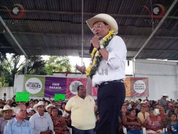 Benjamín Robles, precandidato del PRD en Tuxtepec