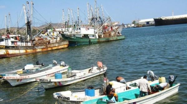 Cierran el puerto de Salina Cruz