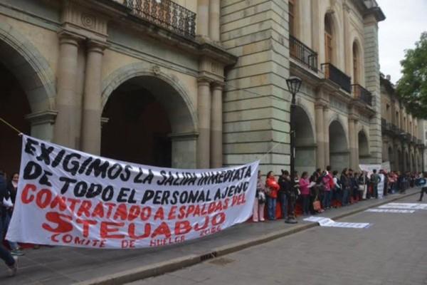 Programan huelga integrantes del STEUABJO