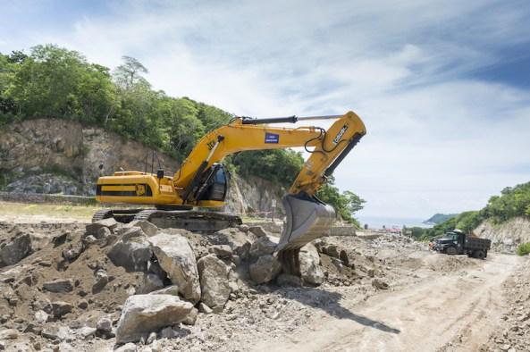 En riesgo la autopista de Oaxaca a la Costa por falta de recurso
