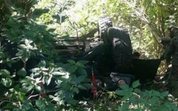 Confirma SSP de Oaxaca fallecimiento de militar y 3 lesionados en volcadura