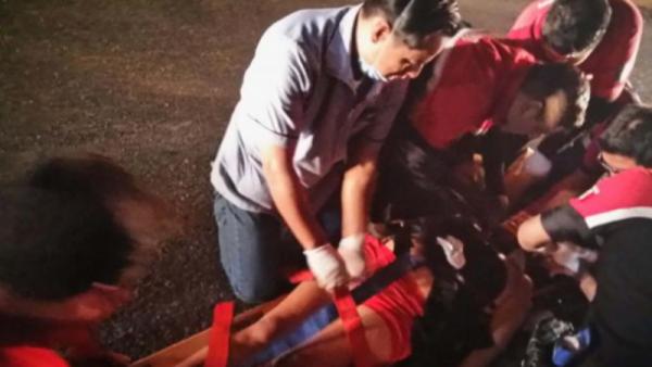 Sobrevive mujer que se arrojó del puente en el Cerro del Fortín