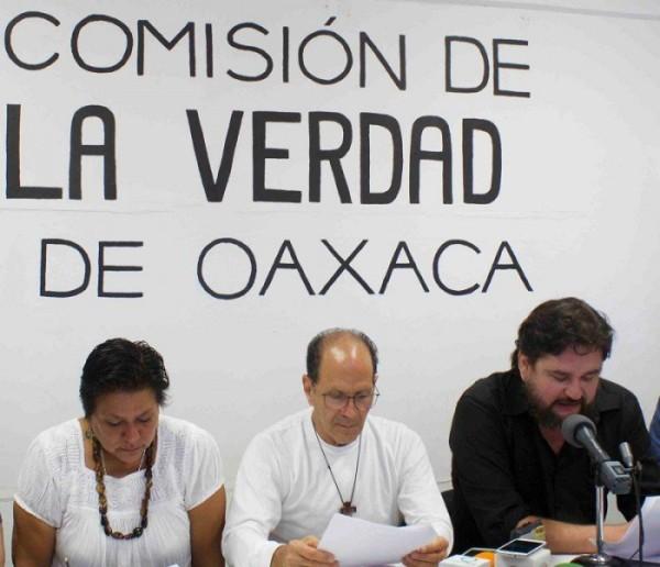 """Comisión de la Verdad de Oaxaca acusa de """"sabotaje"""" a diputados afines a Ulises Ruiz"""