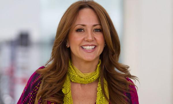 Atacan a Andrea Legarreta ¡por hablar del alza del dólar en Hoy!