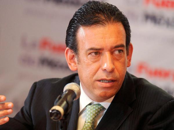 Detenido en Barajas el expresidente del PRI Humberto Moreira