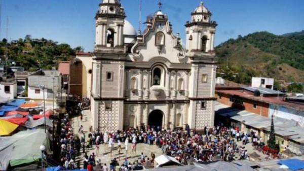 Grupo armado roba un millón de pesos de joyas en Juquila