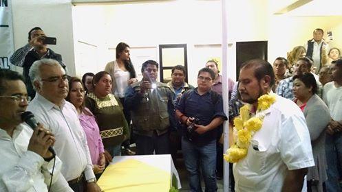 Se registra Romero Lainas para buscar la candidatura del PRD