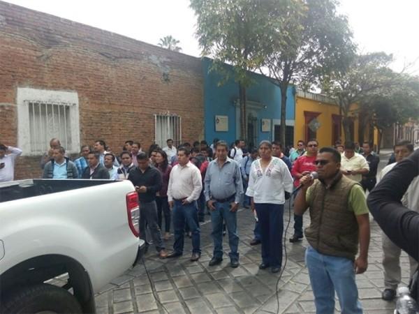 S.22 protesta por visita de Osorio Chong a Oaxaca