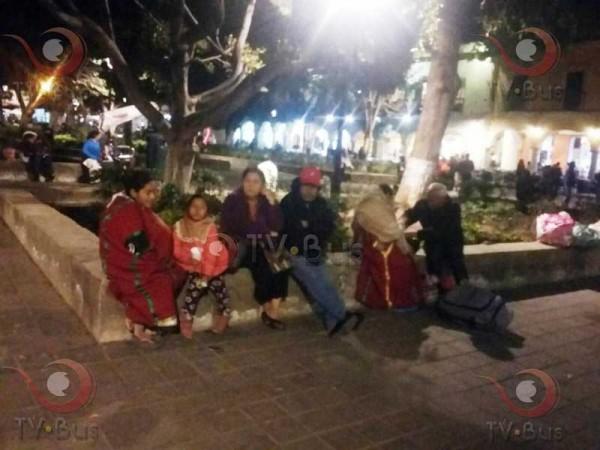 Triquis continúan plantón en Oaxaca