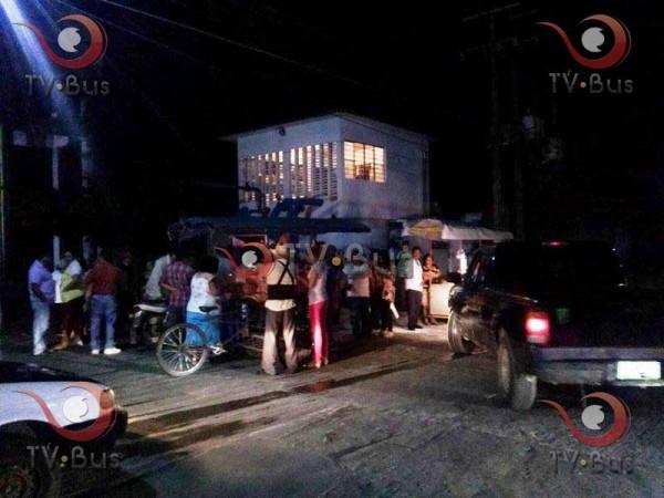 Manifestantes cierran el pozo Tláloc II en Tuxtepec