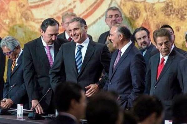 Asume Gabino Cué presidencia de la CONAGO