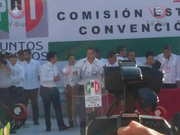 De la mano de Beltrones, Alejandro Murat toma protesta como candidato