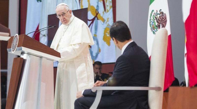 Critica Papa a políticos y obispos mexicanos