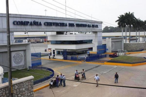 Desmiente Santiago Parada despido masivo en la cervecera para el mes de mayo