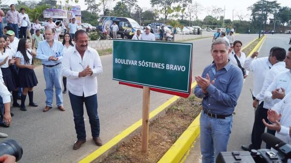 Gabino Cué inaugura obras realizadas por Gobierno Municipal