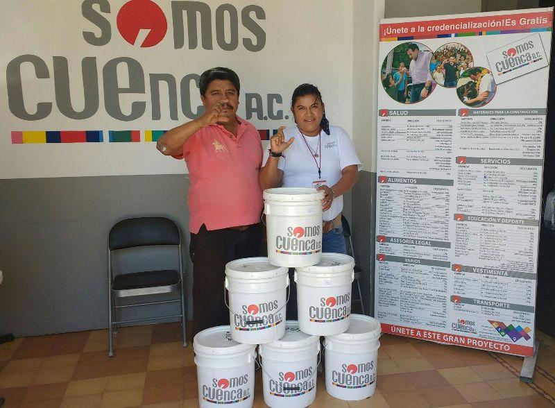 Contribuye Somos Cuenca con  escuelas e iglesias de Tuxtepec