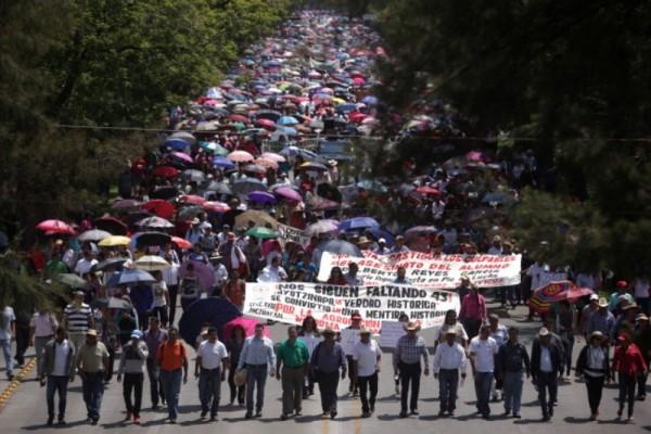 CNTE anuncia nuevos bloqueos en Oaxaca este 15 de abril