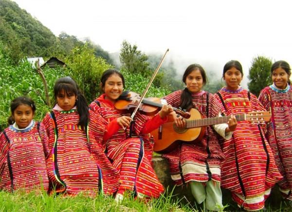 Niños indígenas de Oaxaca le cantarán al Papa en Chiapas