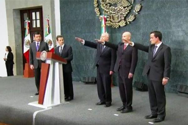 EPN toma protesta a nuevos titulares de Salud, Pemex e IMSS