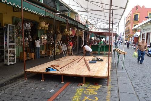 Locatarios del mercado Benito Juárez, construirán casetas en 14 calles aledañas