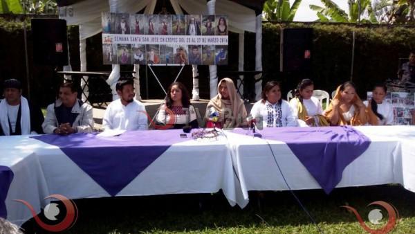 Presentan elenco del viacrucis de San José Chiltepec 2016