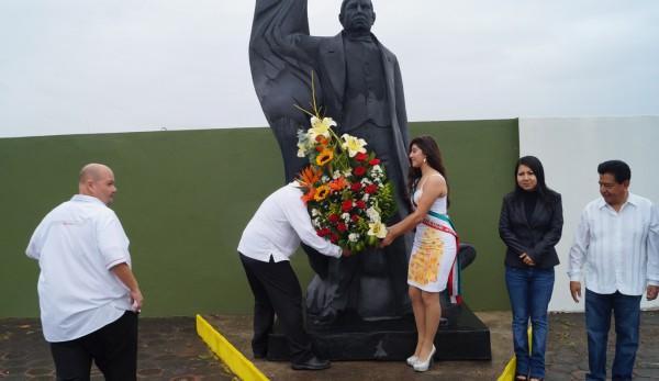Conmemora Ayuntamiento CCX Aniversario del natalicio de Benito Juárez