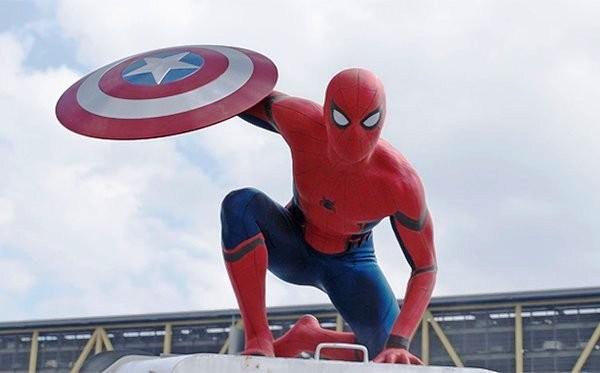 Tom Holland explica cómo será el nuevo Spiderman