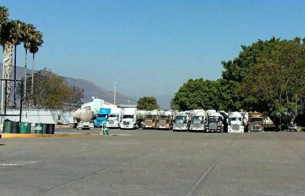 Transportadores de Oaxaca, acusan a supervisor de TAR de manipular calibradores de Pemex