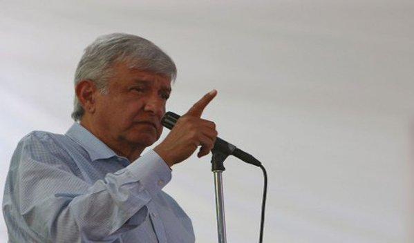 Arremete AMLO contra hijo de José Murat y Pepe Toño, los tacha de corruptos y zánganos