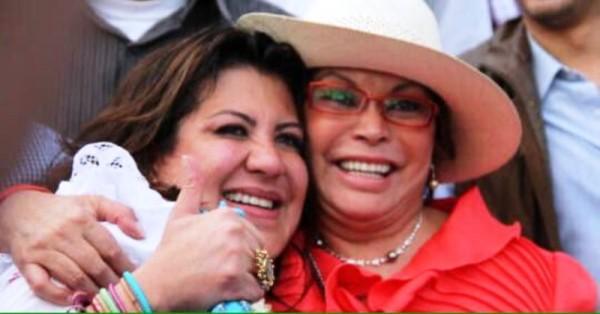 Otorgan permiso a Elba Esther Gordillo para acudir al funeral de su hija