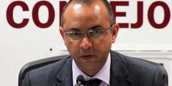 Puede Robles Montoya participar como candidato de otro partido: IEEPCO