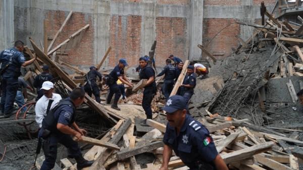 En cumplimiento de su deber, Policía Municipal se sumó al rescate en La Barca