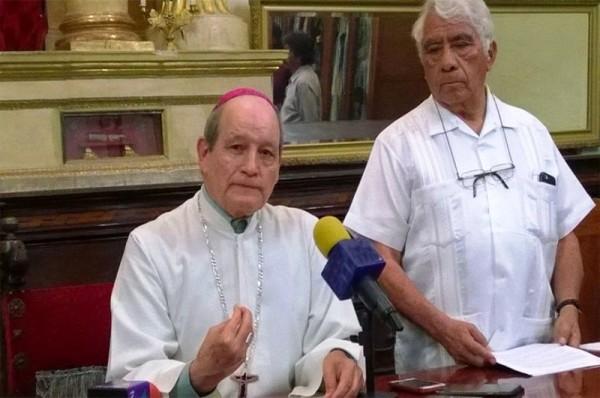 Expresa arzobispo su solidaridad por tragedia en catedral de Tuxtepec