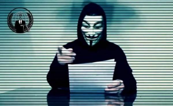 "Anonymous declara una ""guerra total"" contra Trump"