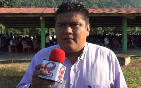 Edil de Valle pide al gobernador apoyo para obras