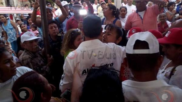 Realiza Alejandro Murat gira en la cuenca del papaloapan