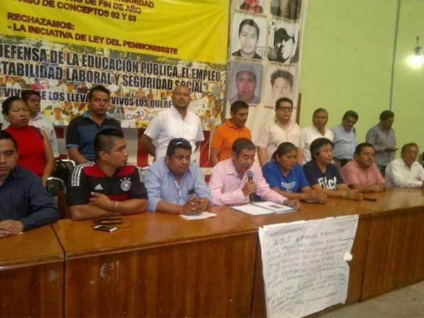 Detiene PF a secretario de finanzas de la Sección 22, en Oaxaca