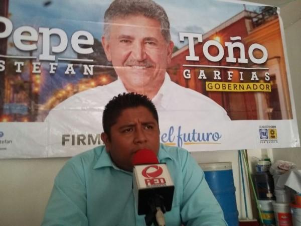 Candidato del PAN-PRD en Valle Nacional se deslinda de Vicente Cruz