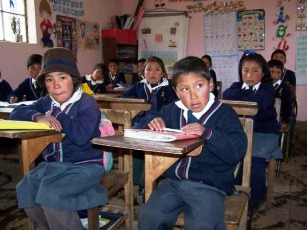 Mexicanos Primero interpone demandas contra tres escuelas de Oaxaca
