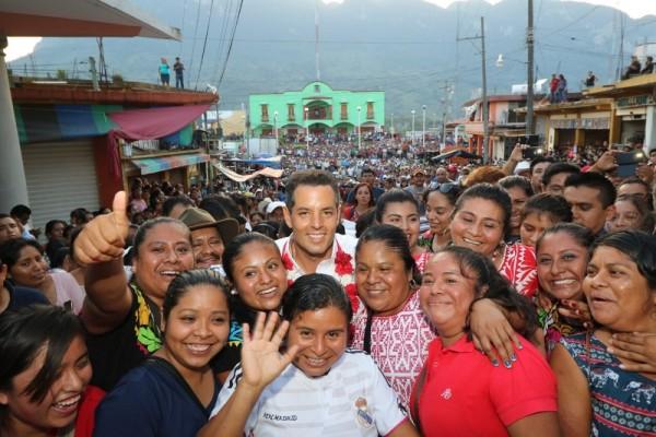 San Felipe Jalapa de Díaz se vuelca en apoyo a Alejandro Murat Hinojosa