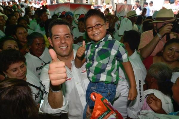 Pinotepa tendrá hospitales que garanticen la salud: Alejandro Murat Hinojosa