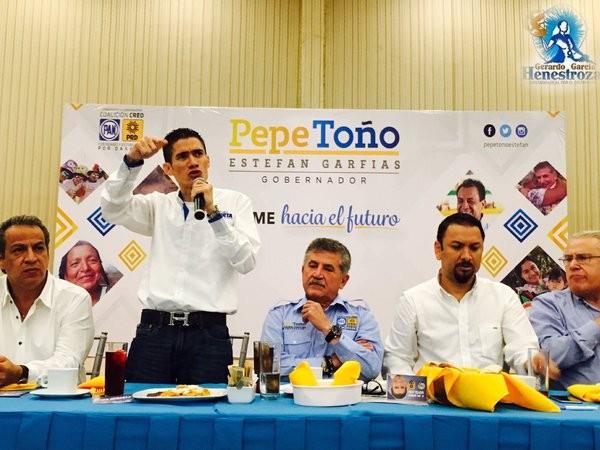 Inicia Fernando Huerta campaña de propuestas