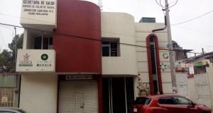 -Actualizada- Toman Jurisdicción Sanitaria en Tuxtepec, denuncian desvio de recursos