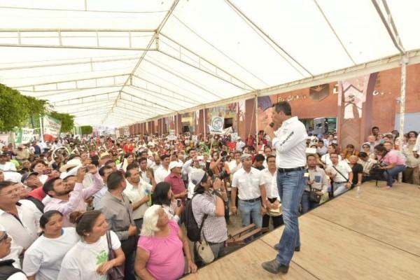 Vamos por un cambio real en la Mixteca: Alejandro Murat