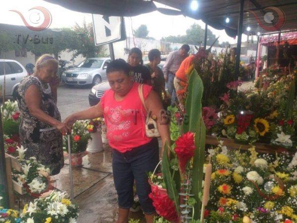 Floristas incrementan ventas hasta en un 50% por Día de las Madres