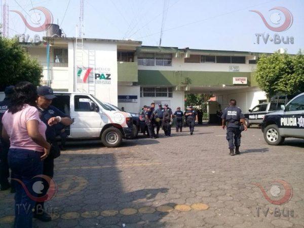 Policías de Tuxtepec inician paro de labores